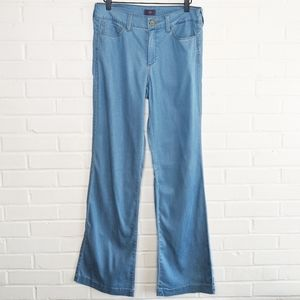 NYDJ Wylie Stretch Flare Jeans Trousers Chambray